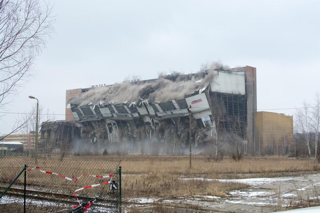 Sprengung des Kesselhauses im Februar 2015